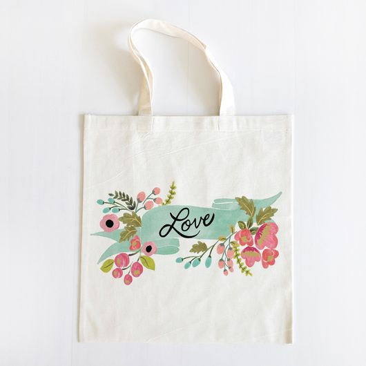 Audrey Love Tote | via Wedding Chicks // perfect to use for #bridesmaid #gifts