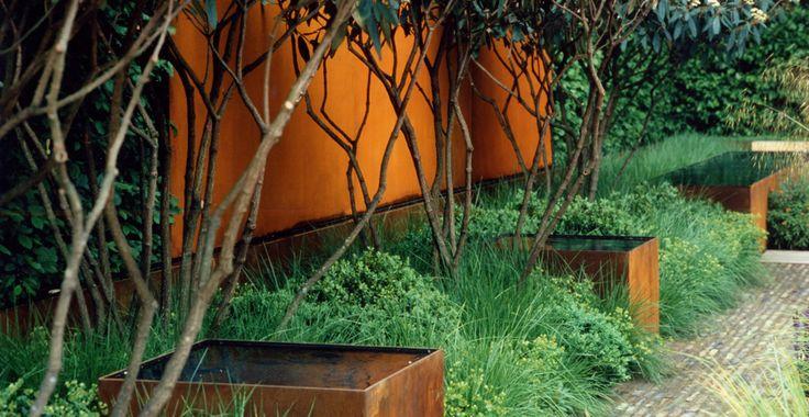 corten raised ponds - Tom Stuart Smith, Chelsea 2006