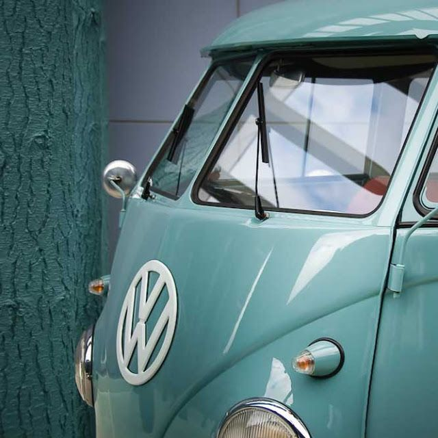 We'd love to spend a week on the coast in this gorgeous camper