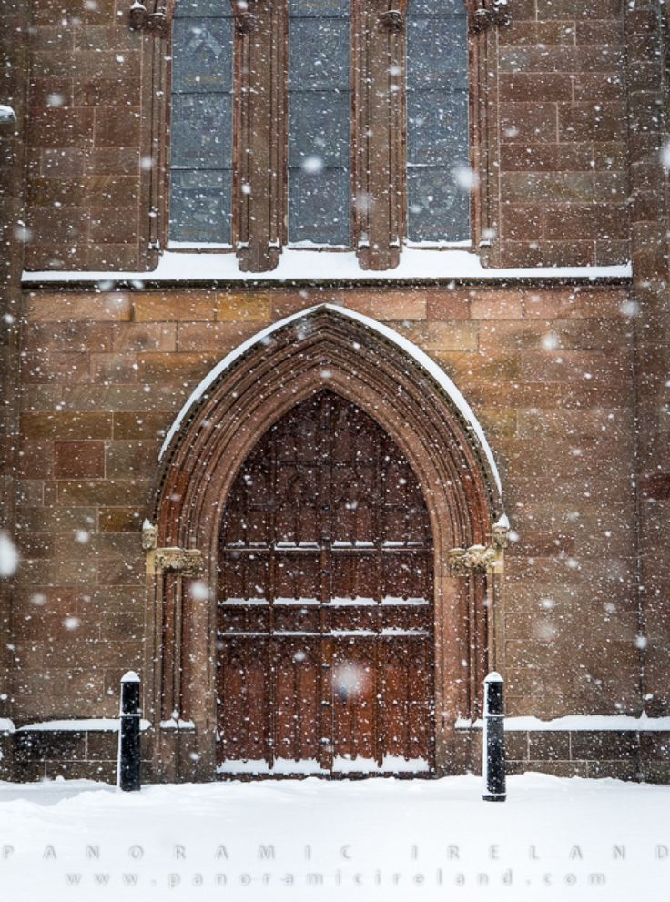Door of Saint Patrick's Cathedral (CofI) Armagh in snow, February 2018 #ireland #snow #weather #beastfromtheeast #architecture #photography #northernireland #christianity #cathedral #church #door
