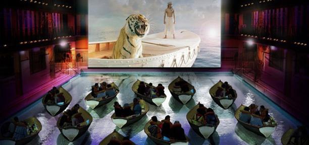 A l'occasion de la sortie du film d'Ang Lee, « L'Odyssée de Pi », La 20th Century Fox a organisé une projection à l'image du film : sur des radeaux.  La piscine Pailleron, dans le 19ème arrondissement de Paris, a ainsi été transformé en cinéma éphémère pour l'évènement.  Quelques chanceux ont pu assister aux trois projections qui étaient organisées, pour une cinquantaine de places réparties sur 25 barques.