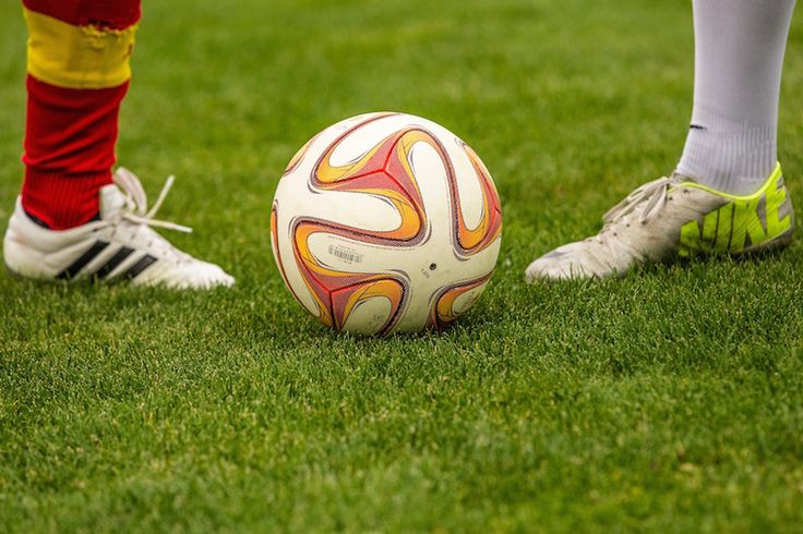 http://www.fussballwetten.info/wichtigsten-regeln-fussball/