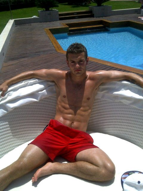 Jack Wilshere & His Abs. Chillaxin'.