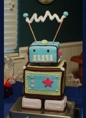Robot cake: Robots Parties, Baby Robots Cakes, Baby Shower Cakes, Birthday Parties, Robots Birthday, Robots Baby Shower, Baby Cakes, Birthday Cakes, Robot Cake