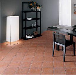 Il Ferrone - Traditional hand-made cotto, Semi-polished hand-made cotto and Hand-made floor centres