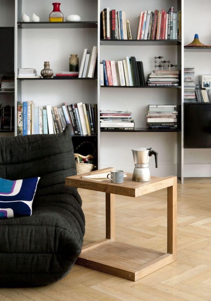 Frame odkládací stolek k sedací soupravě / side table
