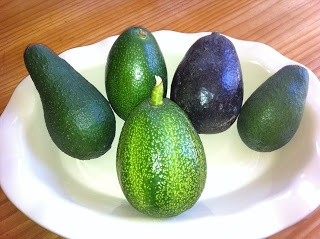 how to get avocados to ripen faster
