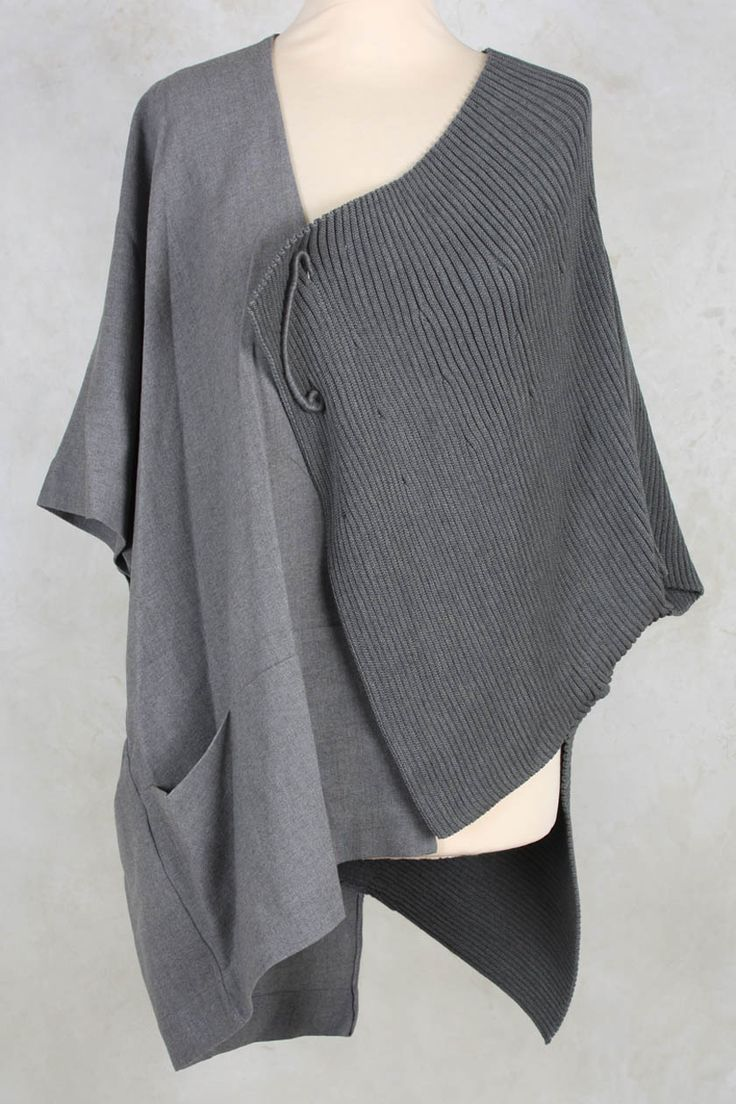 Batwing Gilet with Big Pin Closure in Grey - Crea Concept