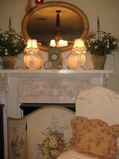 shabby chic style mantel in white)