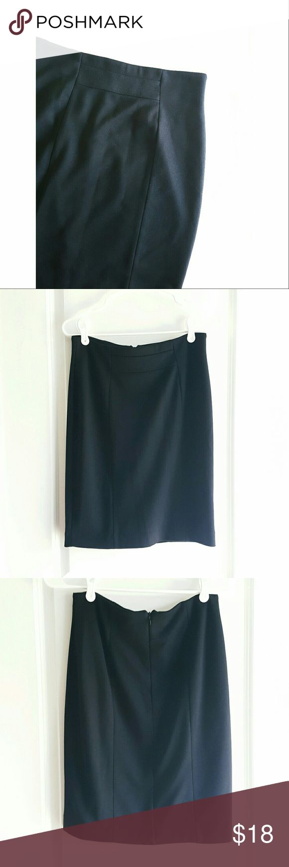 Adrienne Vittadini Black Pencil Skirt Wow in the workplace with this pencil skirt by Adrienne Vittadini. Back zipper. 💚EUC ❣ Every listing purchased enters you in for a gift card drawing at the end of the month. Adrienne Vittadini Skirts Pencil