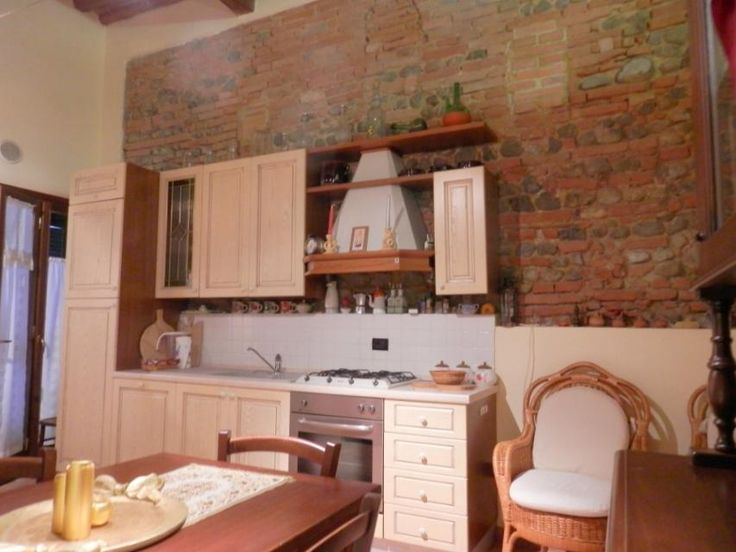 Recently restored nice apartment Ref. A65, Peccioli, Tuscany. Italian holiday homes and investment property for sale.