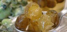 γλυκό του κουταλιού με καρπούς φασκομηλιάς