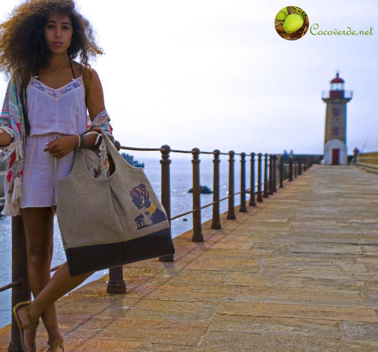 Magnificent photo shooting with our beautiful model Sara Bombarda and our elegant purse Namibe! More info: http://cocoverde.net