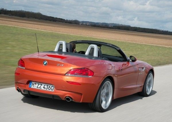 2014 BMW Z4 2 Door Rear Images1 600x426 2014 BMW Z4 Convertible Full Review With Images
