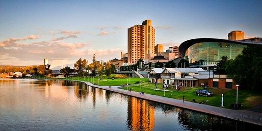Travelling Australia - $89 -- Deluxe Room at Adelaide CBD Hotel, 30% Off   Travelzoo