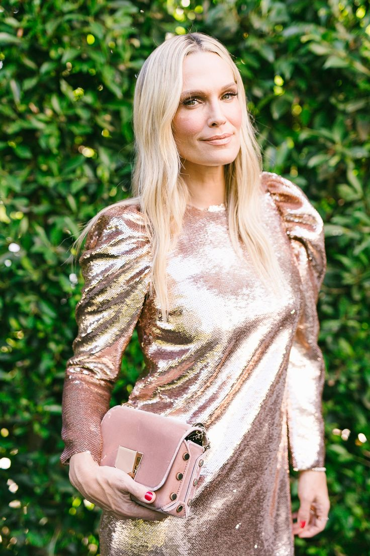 10 Non-Cliche Sequin Holiday Dresses – It's currently the busiest time of year…