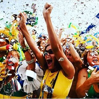 Can't Wait for the ceremony  #rio #olympic #rio2016 #condom #olympics #brazil #roadtorio #samba #makeithappen #countdown #roadtorio #wirhabeneinziel #timebrasil #brasil #football #brasilfootball #rionews #rioexpress #expressnews #sportsnews #instanews #instasports #tbt #like #follow #2016olympics #competition #schedule #Rumba #espanol