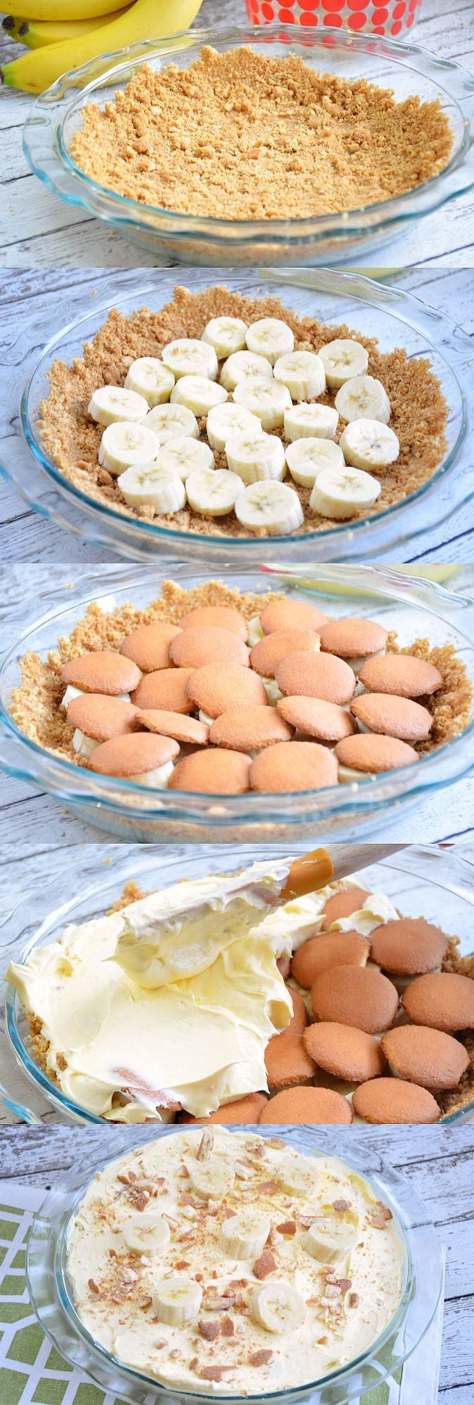 Easy No-Bake Banana Nilla Pie Recipes - This delicious no-bake dessert recipe is perfect for hot summer days! #Pyrex100 #ad
