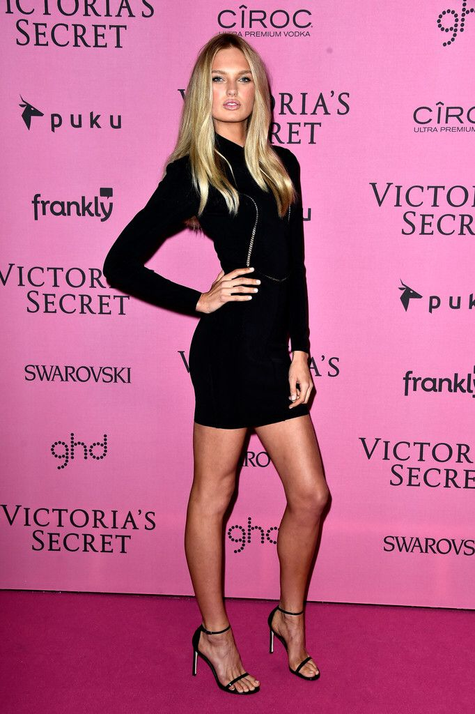 Romee Strijd attends the pink carpet of the 2014 Victoria ...
