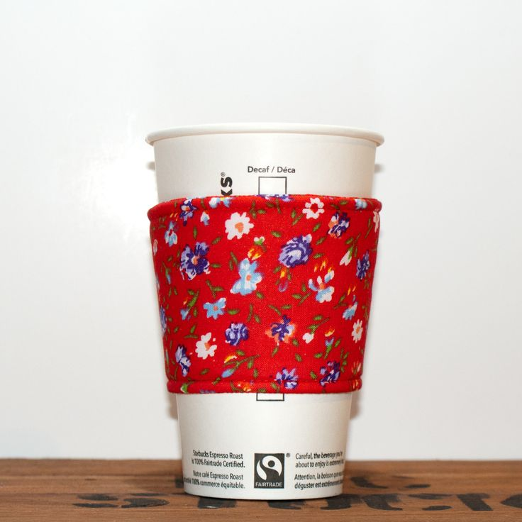 New to Chockrosa on Etsy: Fabric Coffee Cozy - Tea Cup Cozy - Red with blue and white flowers / Coffee sleeve / Hot cup jacket /Floral coffee cozy / Premium