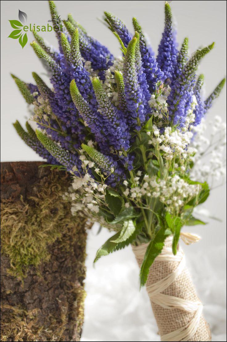 ramo de novia con flores campestres