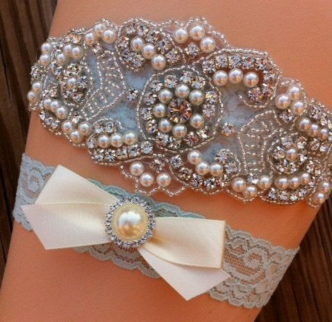 Items similar to SALE- Wedding Garter- Vintage Wedding Bridal Garter and Toss Garter- Ivory and Pearl Rhinestone Garter-Toss Garter on Etsy