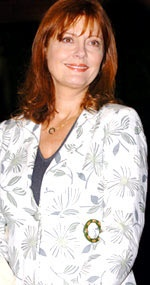 Susan Sarandon born in Queens, NY.  She grew up in Edison, New Jersey