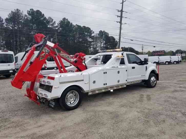 Ford F 550 2018 With Images Tow Truck Flatbed Towing Trucks