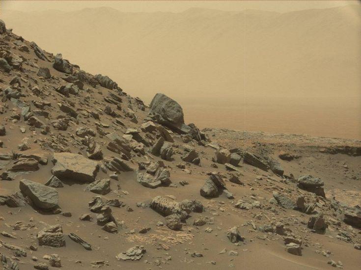 Lerover Curiosity a postédenouvelles images de la planète…