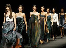 Hanbok designer Lee Young-hee sultry hanboks!