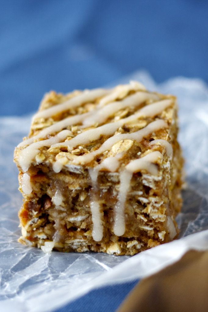 Quick and easy apple oatmeal squares with a maple glaze, the perfect healthy breakfast or snack.