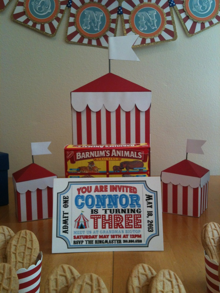 Circus Tent Centerpiece and Favor Boxes from Etsy Shop BitsofPlaidnPaisley & 21 best Connoru0027s 3rd Circus/Dumbo Birthday Party images on ...