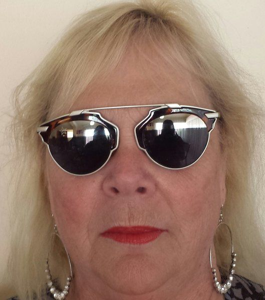 AGTS Tortoise Shell Sunglasses with Mirrors along 1/4 top of the lens