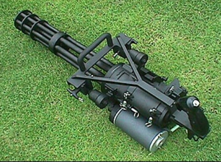 M134 GE Mini Gun! Oh goodness I'll get knocked on my butt if I try to shoot it but oh well it's happening