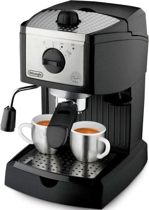 DeLonghi EC156.B  DeLonghi EC156.B: Geniet van een heerlijke espresso met dit pompdruk espressoapparaat! De DeLonghi EC156.B is een pompdruk espresso apparaat met een pompdruk van 15 bar. Jij zet in een handomdraai een heerlijkeespresso. Met dit apparaat zet jij twee kopjes met gemalen koffie maar hij werkt ook met ESE-servings. Met de ESE-serving zet je één kopje! De DeLonghi EC156B is zeer gemakkelijk in zijn gebruik dankzij de grote enkele draaiknop. Jij stelt alles gemakkelijk in…
