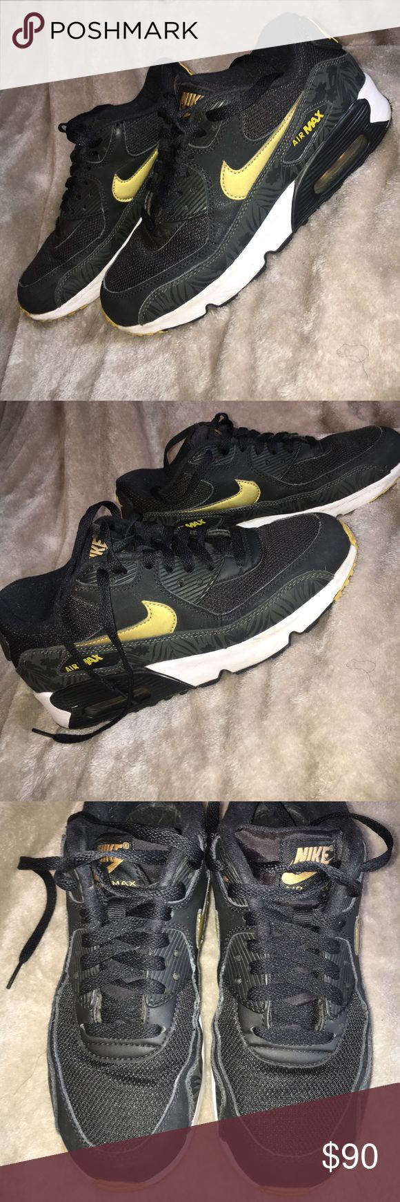 Nike air max 90s print black and gold shoes 7y In great pre owned condition size 7 y Nike Shoes Athletic Shoes
