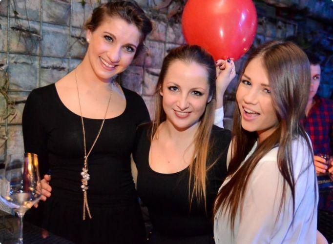 Hot Girls Enjoying Party Night, Green Gold Club #zagreb #girls