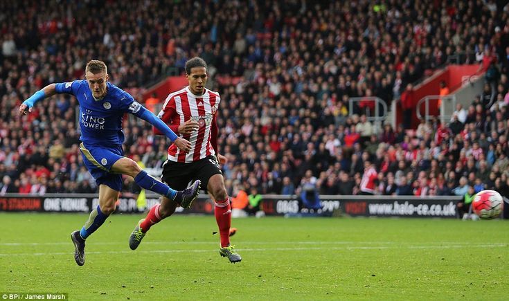 Jamie Vardy fires in his last minute equaliser as Claudio Ranieri's Leicester City side stay fifth in the Premier League with a comeback from two goals down against Southampton