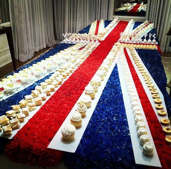Fantastic British themed #bridalshower, the #jewish hostess