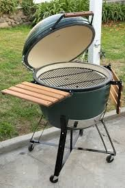 The Green Egg Smoker Review – A Look at What Makes the Big Green Egg Smoker So Special
