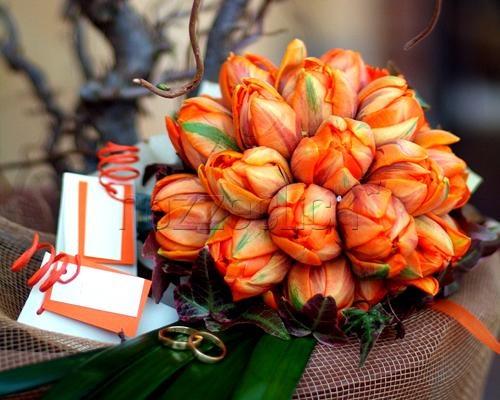 UN BOUQUET DI TULIPANI a Fiorista Tonino #fiori #bouquet