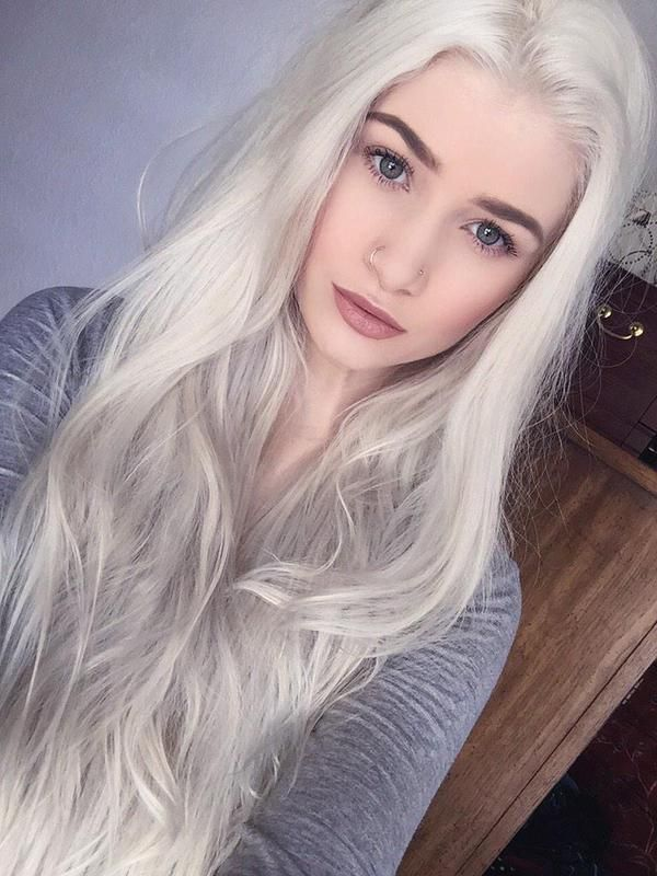 1119 best images about white platinum blonde hair on pinterest scene hair bleach blonde and - Fille brune au yeux bleu ...