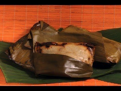 Tamales Oaxaqueños Esta preparación es una tradición en la cocina del sureste de México, se prepara con uno de los siete moles típicos del estado de Oaxaca.