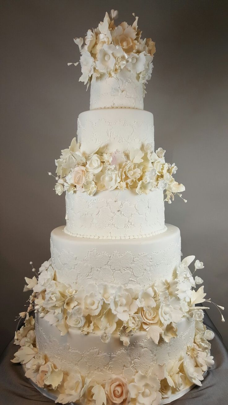 The 3182 best Spectacular Weddings Cakes images on Pinterest | Cake ...