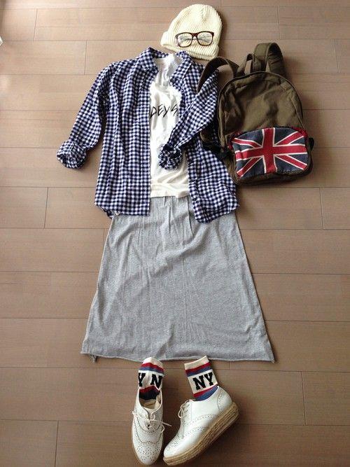 Tシャツ*gu ギンガムシャツ*UNIQLO スウェットスカート*Gap その他*ブランド不明 ショートパンツにしようと思ったけど、男の子みたいだったからスウェットスカートにしました´д` ; 楽チン♪♪ #Gingham #Spring #Style #Outfits