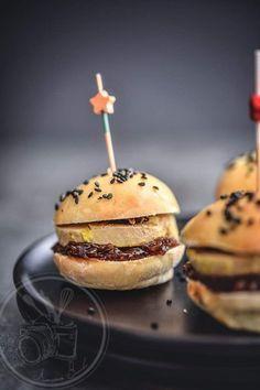 Mini burger foie gras et truffe                                                                                                                                                                                 Plus