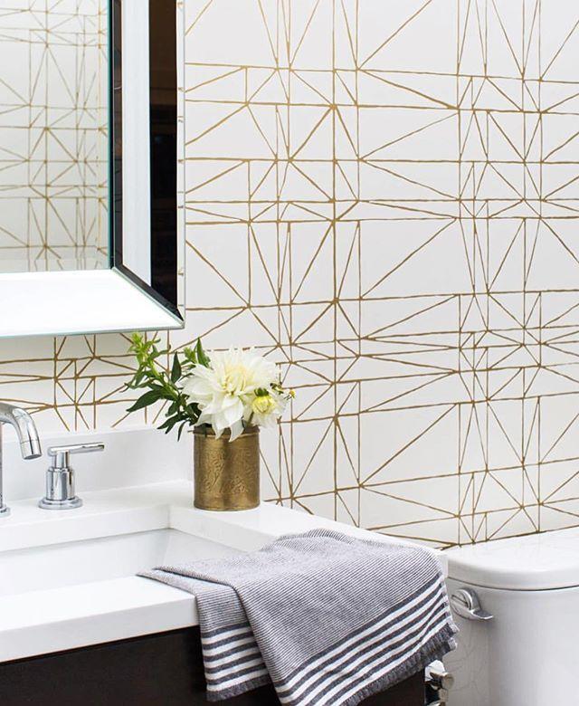 Strike (Gold), looking hot! :) (via @centered_by_design - thanks again!) #strikewallpaper #heathxhyggeandwest #wallpapermakestheroom #bathroomdesign #whiteandgold