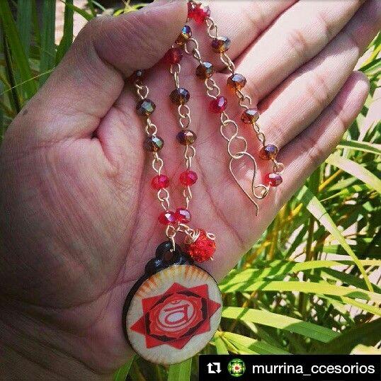 """💜@Murrina_ccesorios  trae para ti """"Coleccion mandala"""" son utilizados desde tiempos remotos. tiene su origen en India y su nombre en sánscrito significa💜💜 """"círculo sagrado"""", Para los Budistas, su función es la meditación.... #murrina#accesorios#mandala#meditacion#relax#belleza#collar#orfebreria#enconstruccion#creando#diseñando#talentonacional#venezuela#pasion#amor#arte#apostandoxvzla#mujer#mandala# llena tu vida de relax y armonía con estas bellas mandalas"""
