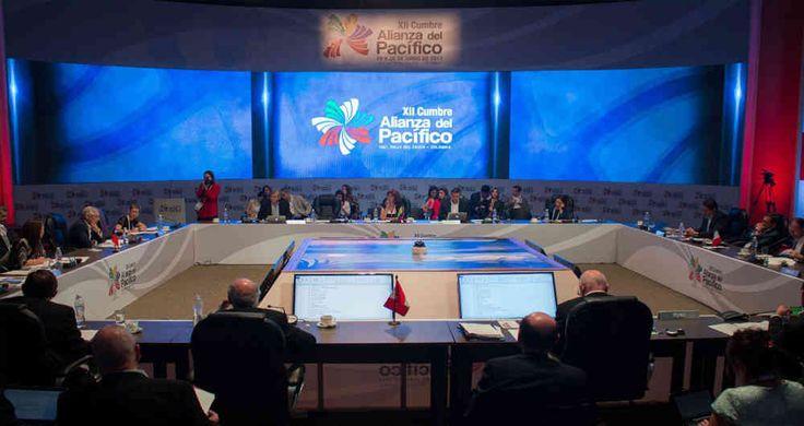 """Los ministros de Comercio y Relaciones Exteriores de Colombia, Chile, Perú y México calificaron al acuerdo entre los cuatro países como el """"más importante"""" de la región y prometieron """"pasos concretos"""" para la integración en los próximos dos días."""