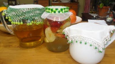 Making vinegar the old way < Can't wait to try this (another more thorough link - http://www.earthclinic.com/Remedies/how_to_make_apple_cider_vinegar.html)